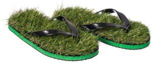 Barfuß durch den Sommer mit den Gras Flip Flops
