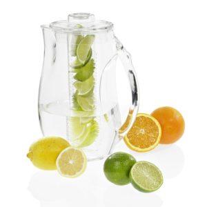 Sommerkrug mit zwei Einsätzen zum Kühlen und Aromatisieren von Getränken