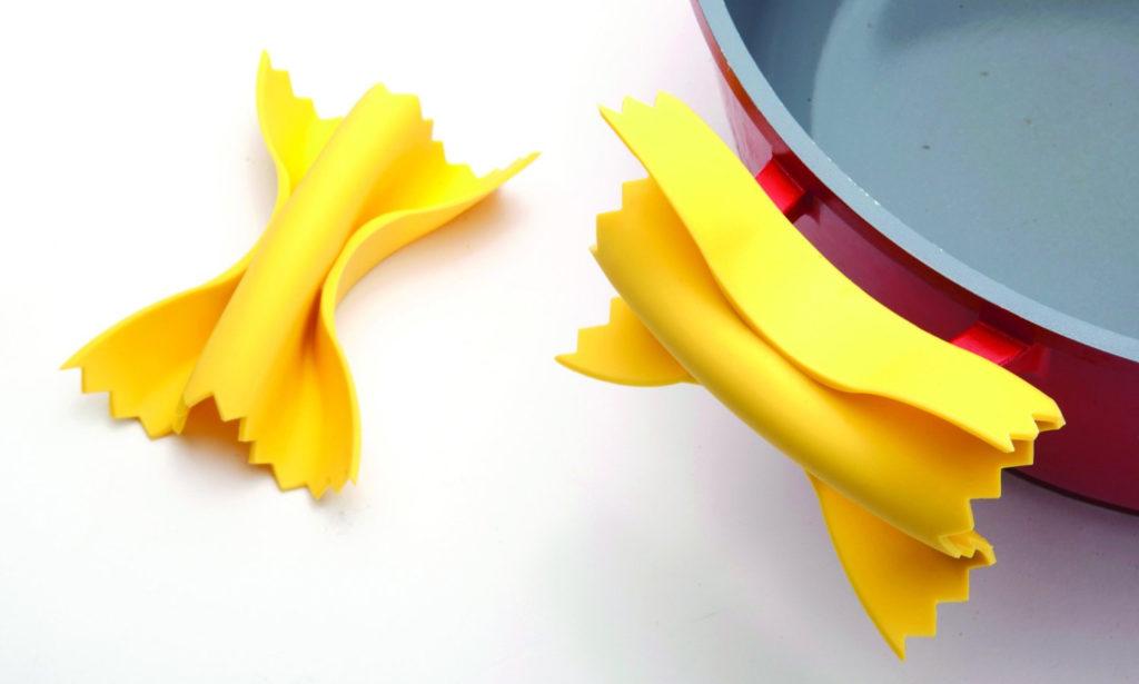 Topfgriffe in Pasta-Form Farfalle